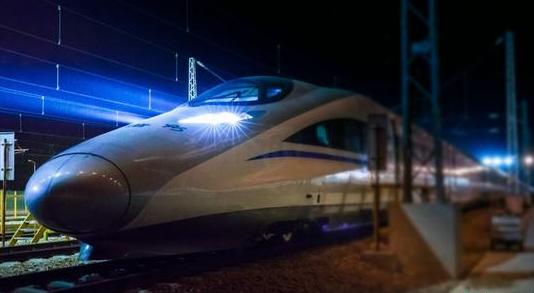 郑州铁路助力春运旅客回家