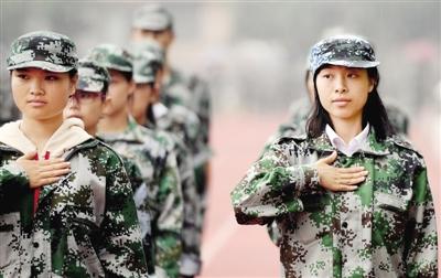 最安静军训!郑州师范学院聋哑学生军训全靠手势
