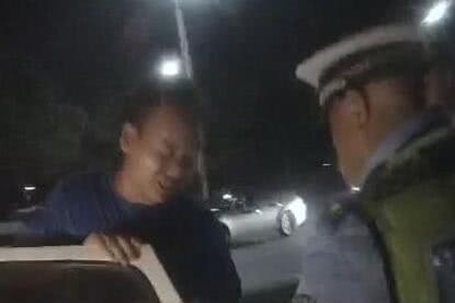 中牟男子驾照未领醉酒上路学车 刚开几分钟被查获