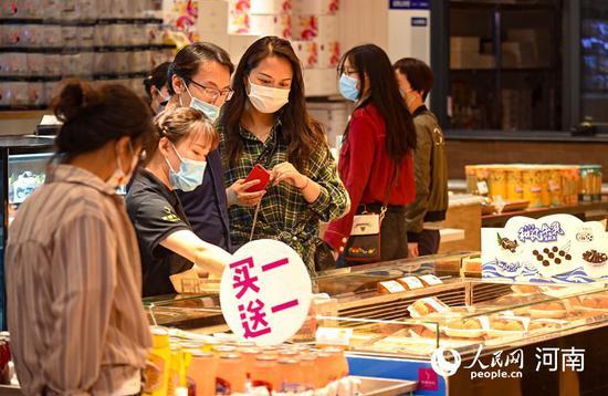 市民乐享购物 刘冰 摄