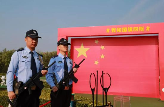 云台山自2019年11月13日起  对全国人民警察永久免门票!