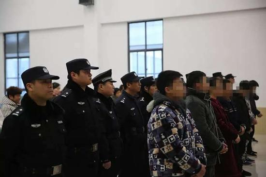 温县9青年因寻衅滋事、非法拘禁被判刑