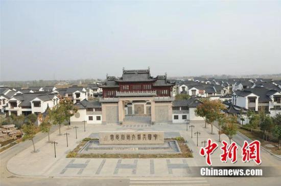 图为镇平县中国玉雕大师创意园 镇平县委宣传部供图