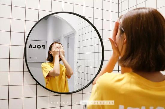 杨梅桃李美容美甲專門サロン