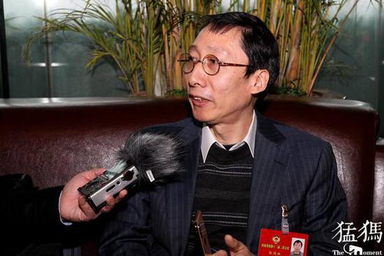 政协委员张鸿林:建议将验光和配镜费用纳入医保范围