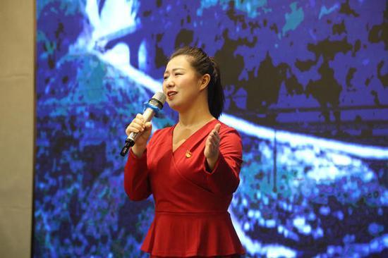 """十博网站_在商丘,他们用动人故事讲述""""e心向党""""的初心"""