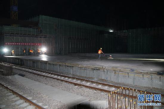 郑州南站车场高架主体工程完工