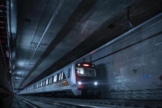 高大上!郑州地铁3号线抢先看!