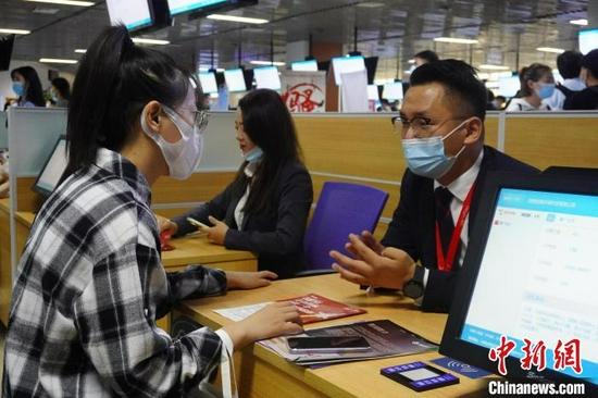 郑州提供逾1.5万个就业岗位为企业、求职者纾困