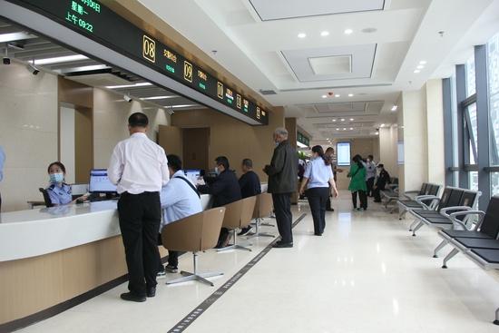 郑州交警二大队入驻中原区政务服务中心 市民需提前预约