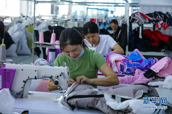 河南光山:羽绒产品走俏全国(图)