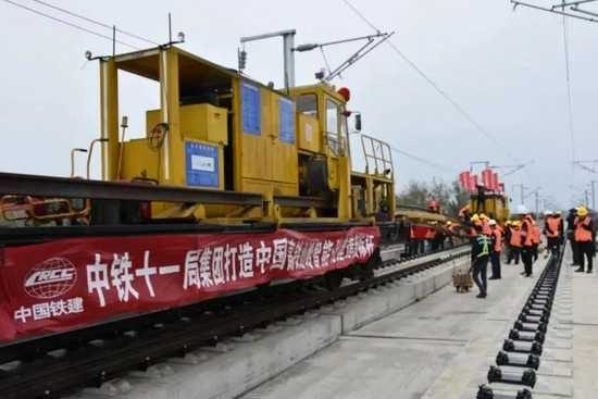 4小时到重庆!郑万高铁明年7月1日全线建成通车