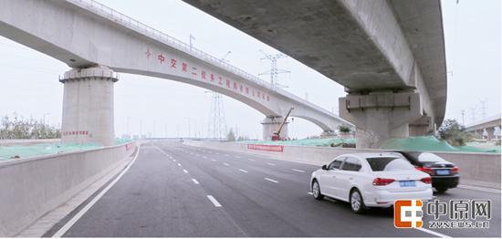 东三环是郑州半小时上高速的重要通道