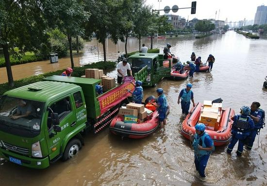 一位江西志愿者在河南的第8天:不敢在路边停车,不敢穿制服外