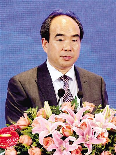 亚太总裁协会全球执行主席郑雄伟: