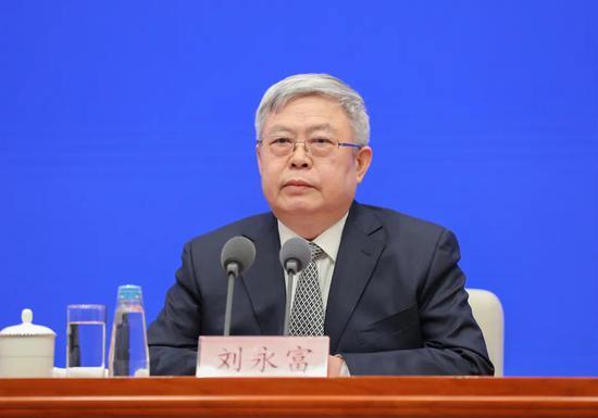 国务院扶贫办主任刘永富