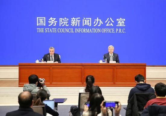 这场决战决胜脱贫攻坚新闻发布会上,刘永富主任回应了这些热点问题