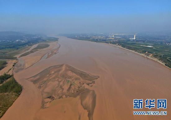 9月7日在豫陕交界处拍摄的黄河(无人机照片)。