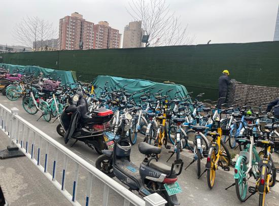 郑州:非机动车和共享单车实行分区域停放管理