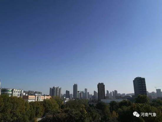 地点:郑州 时间:中午12时