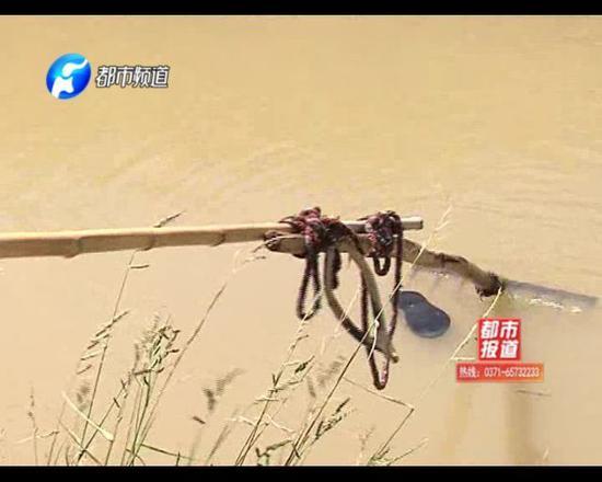 今天下午,记者和司大爷一起,来到泌阳县黄山口乡政府了解情况。