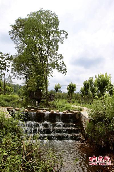 景观小瀑布