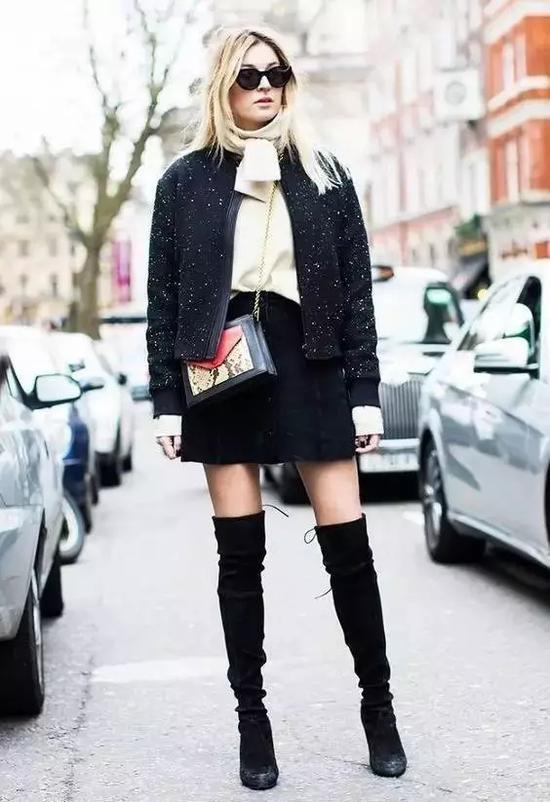 没穿过情趣裙+过膝靴,好意思说这个冬天我品女用货到付款毛衣图片