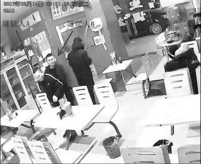 郑州一小区4户接连被盗 系团伙技术开锁入室