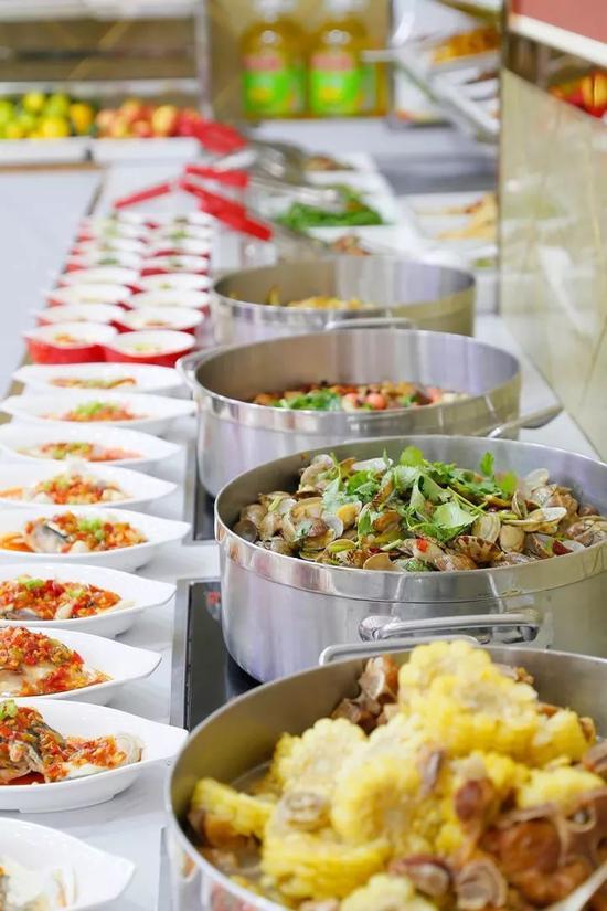 微探店 > 正文  提到东北的美食印象,除了花式大锅菜,      饺子在国