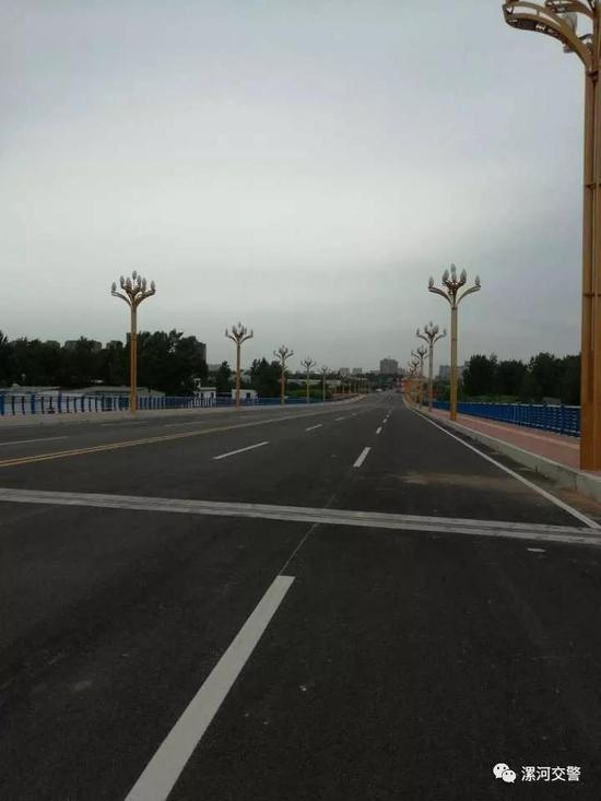 中山路上跨立交桥
