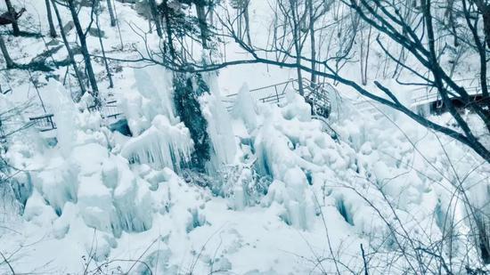 每一场雪,都是白云山的华美盛装