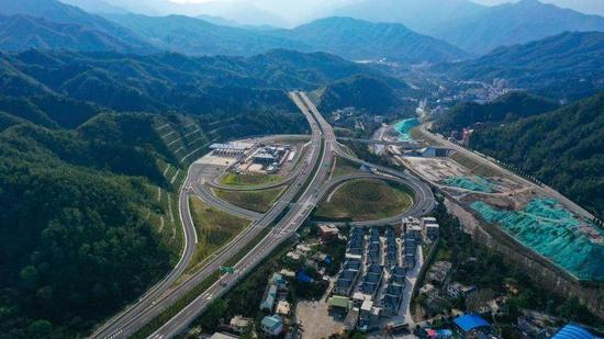 河南2条高速路公路通车!全省高速通车里程达7191公里