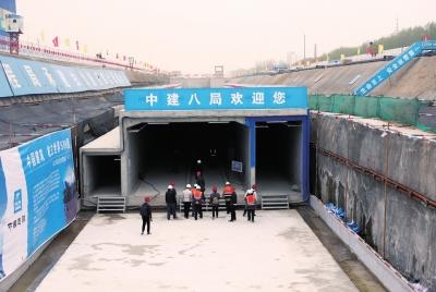 已经建成的综合管廊,从左到右依次是天然气舱、综合舱、电力舱