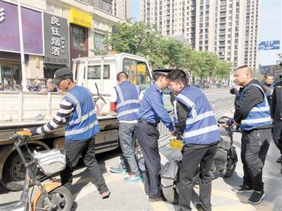 郑州:10月1日起电动自行车乱放最高罚50元或扣车