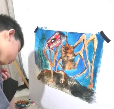 郑州8岁男孩痴迷画画到凌晨 曾因感统失调被幼儿园劝退5次