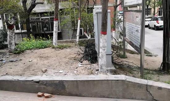 郑州一老旧小区改造缓慢逾期三个多月 社区:正督促积极推进