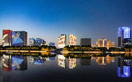 郑州:夜色龙子湖(图)