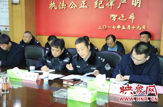 荥阳市公安局负责人对花爆竹划定区域全面禁放做出强调