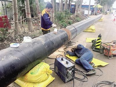 郑州北区开通新供水管道 水可能有点黄放放就好了