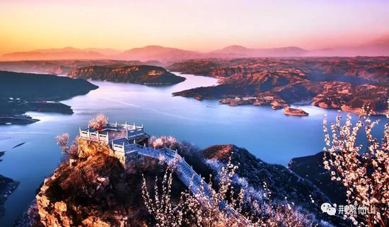 桃花最佳观赏点:桃花岛、黄河亭观景台、河山图观景台、天坛峰。