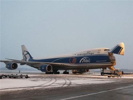 航班延误蓝色预警解除 郑州机场7日早上航班运行正常
