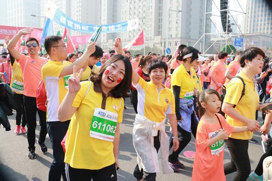 作者:韵动中国·2018君乐宝郑开国际马拉松赛注册大学生记者 尤祥宇