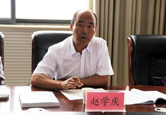 民进省委常委、民进郑州市委主委赵学庆讲话。