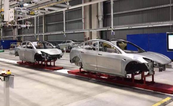 特斯拉上海工厂已有Model 3车身下线