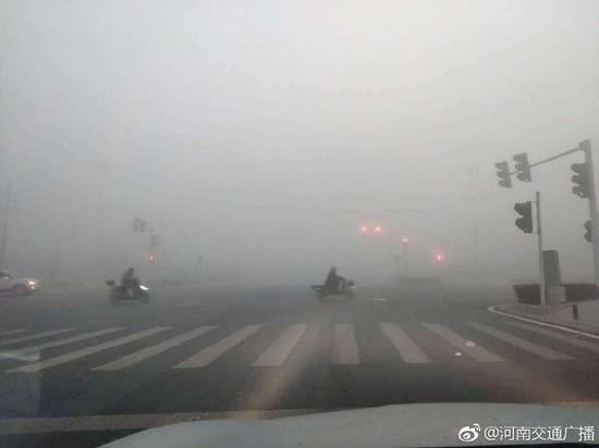 河南发布今年首个大雾红色预警,