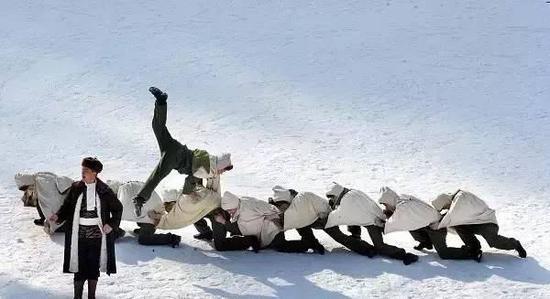 特色冰雪项目:白云山动物世界