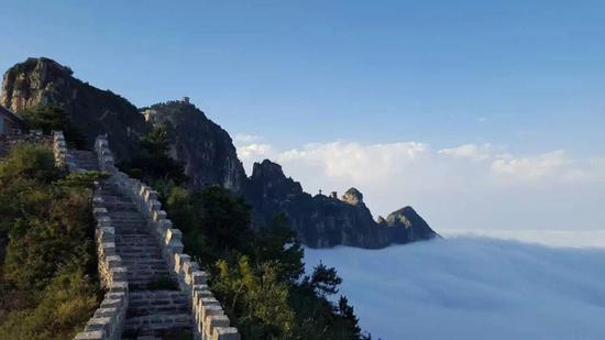 正月十五元宵节,在河南省辉县市国家4a级旅游景区轿顶山天云观,斗姆殿
