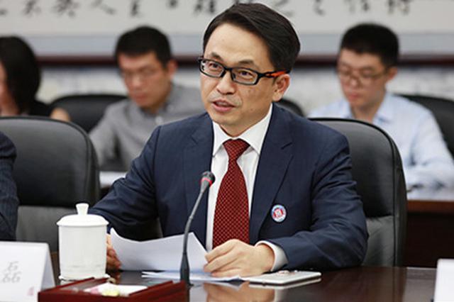 河南老乡张磊向人大捐款3亿元 曾是驻马店高考第一名