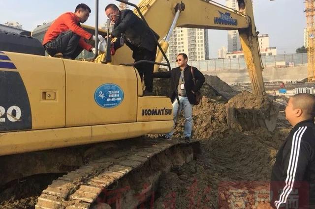 郑州市39家非道路移动机械油品超标单位被约谈