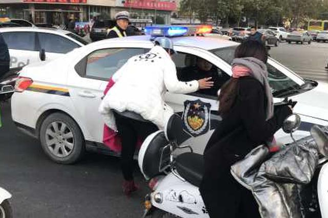 郑州一女摩的司机被男子搭话 结果电动车被骗走
